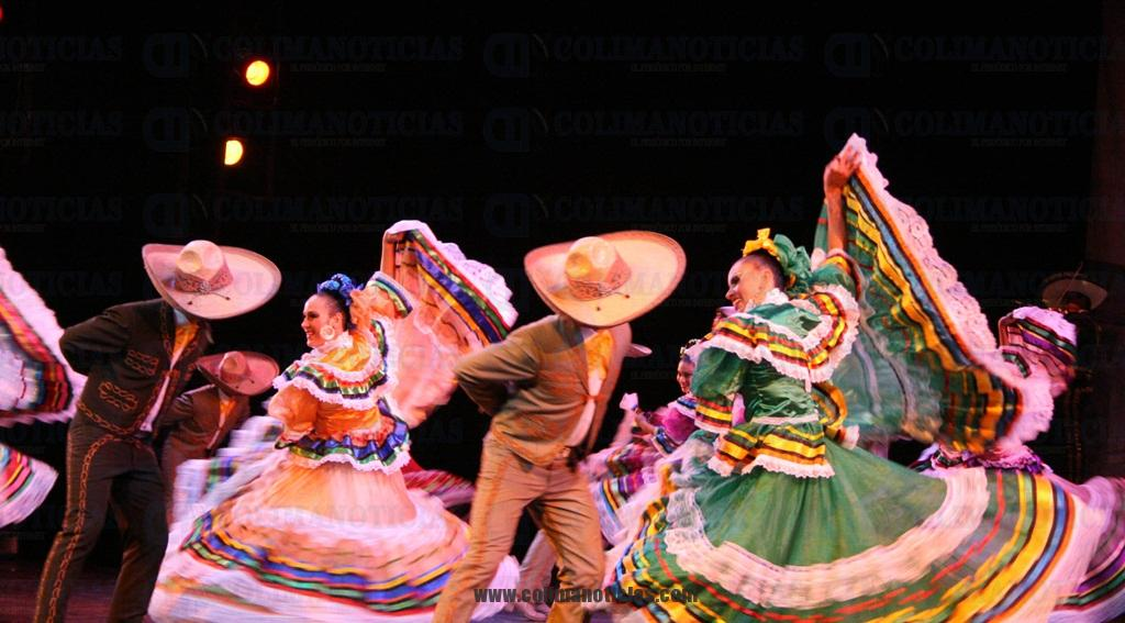 Habr espect culo de danza folkl rica y cl sica en el for Noticias del espectaculo internacional